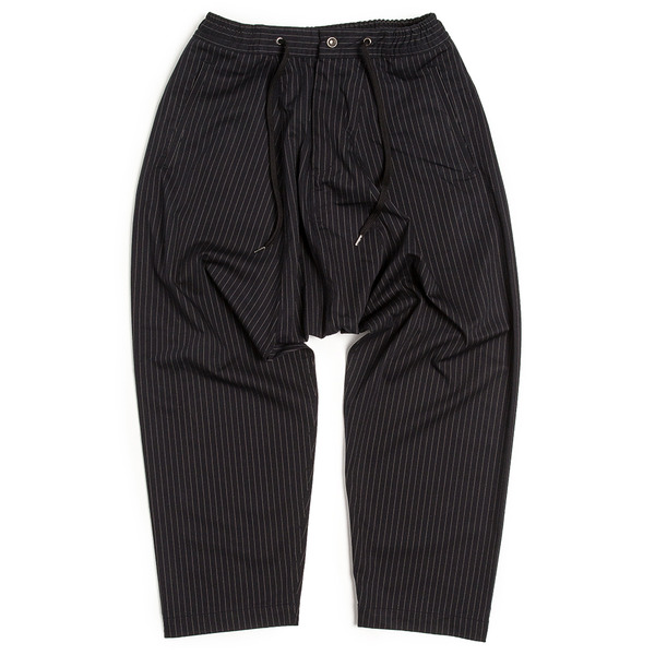 [UNAFFECTED] SARROUEL PANTS NAVY PIN STRIPE