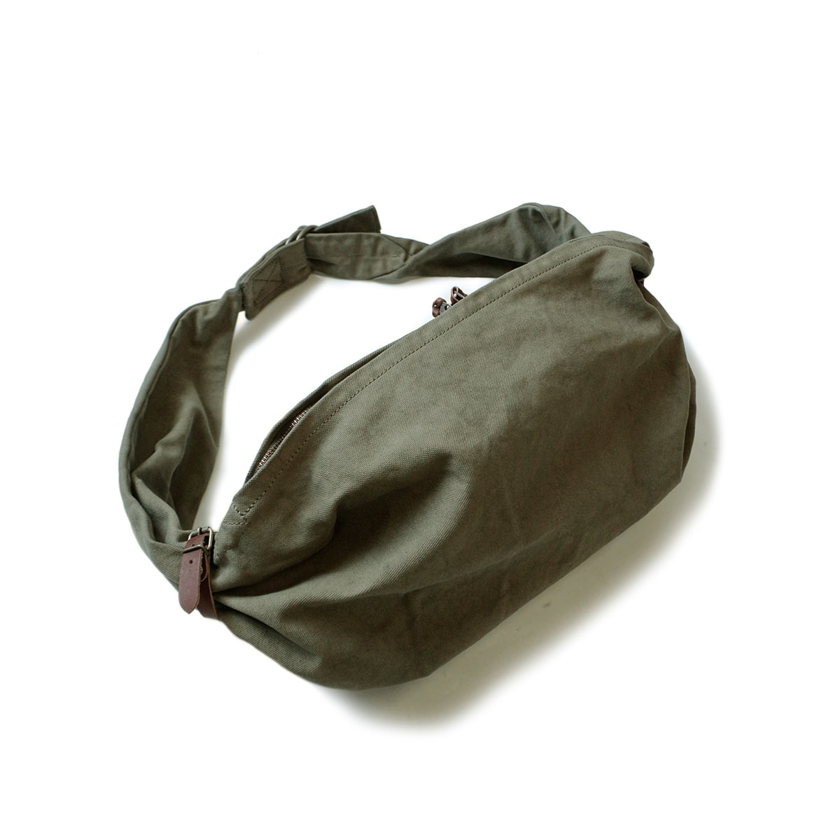 [KAPITAL] CANVAS SNUFKIN BAG 'KHA'